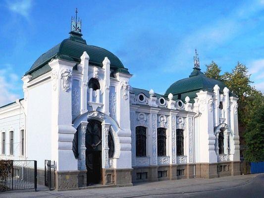 14894_800x600_kraevedcheskiy-muzey-lenina-kirovograd-1